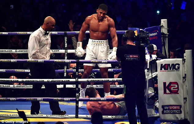 3FC1470500000578-4459300-Anthony_Joshua_knocked_down_Wladimir_Klitschko_in_the_11th_round-a-1_1493507698416